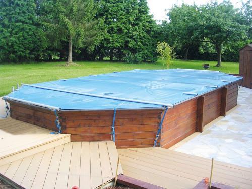 bache rigide piscine hors sol