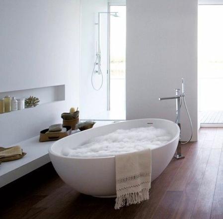 baignoire moderne ovale