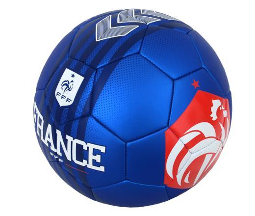 ballon de foot bleu