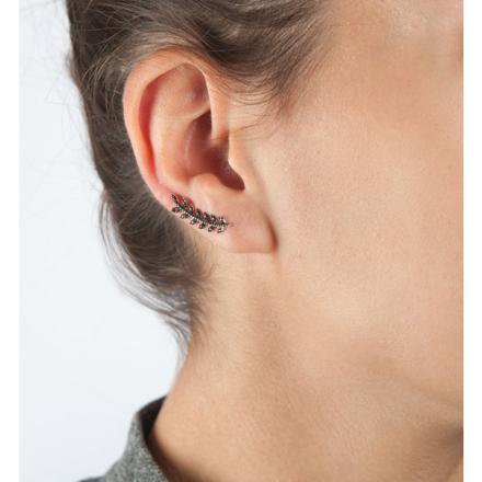 boucle d oreille qui remonte sur l oreille