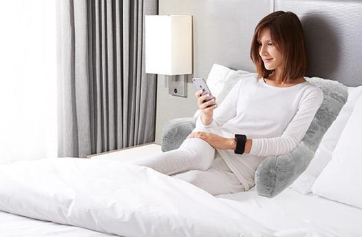coussin pour lire lit