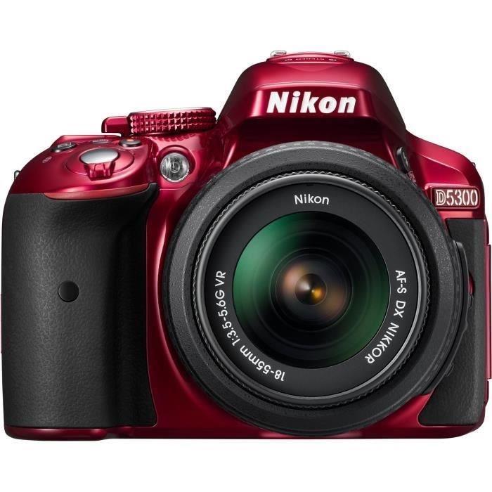 appareil photo rouge