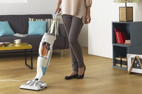 aspirer et laver les sols