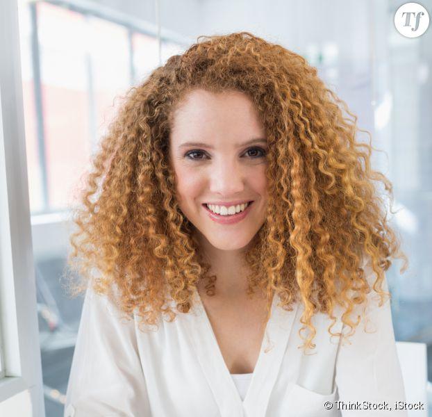 avoir des cheveux ondulés naturellement