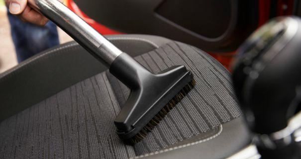 brosse aspirateur voiture