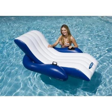 chaise longue gonflable pour piscine