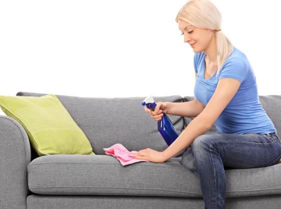 enlever tache canapé tissu