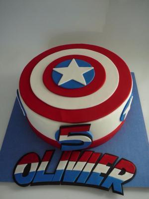 gateau anniversaire captain america