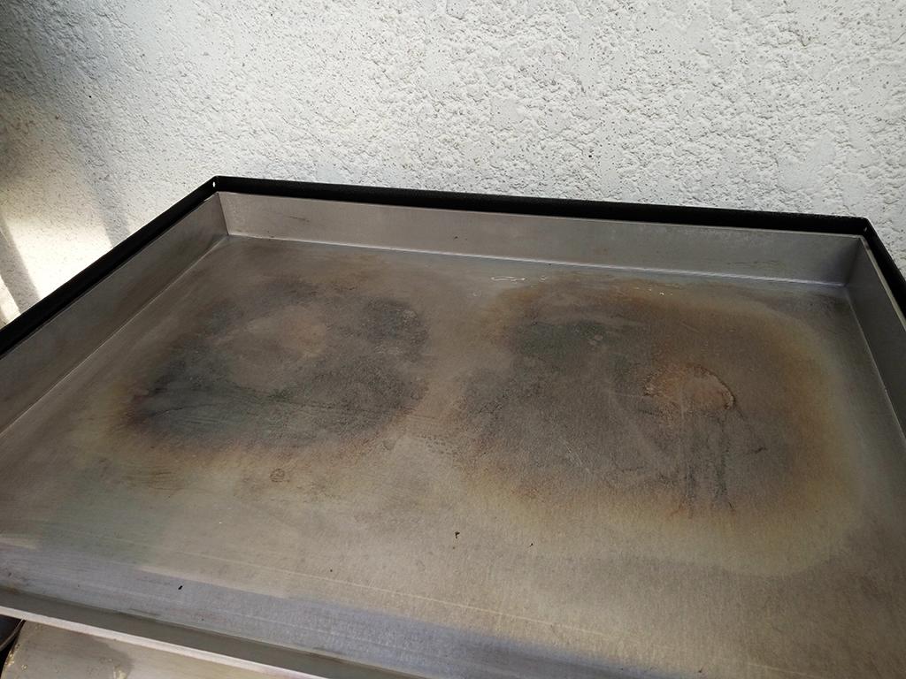 nettoyage plancha inox