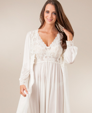 peignoir nightgown
