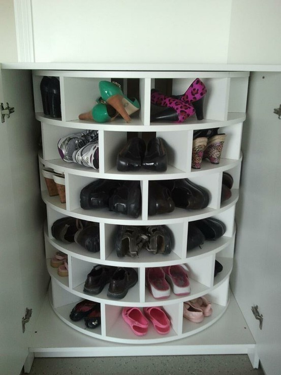 rangement pour chaussures dans placard