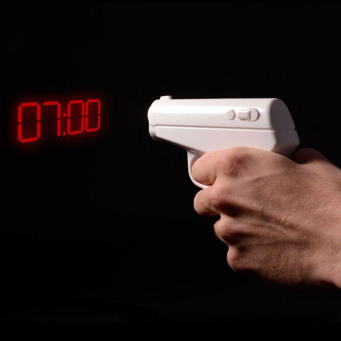 réveil pistolet projecteur