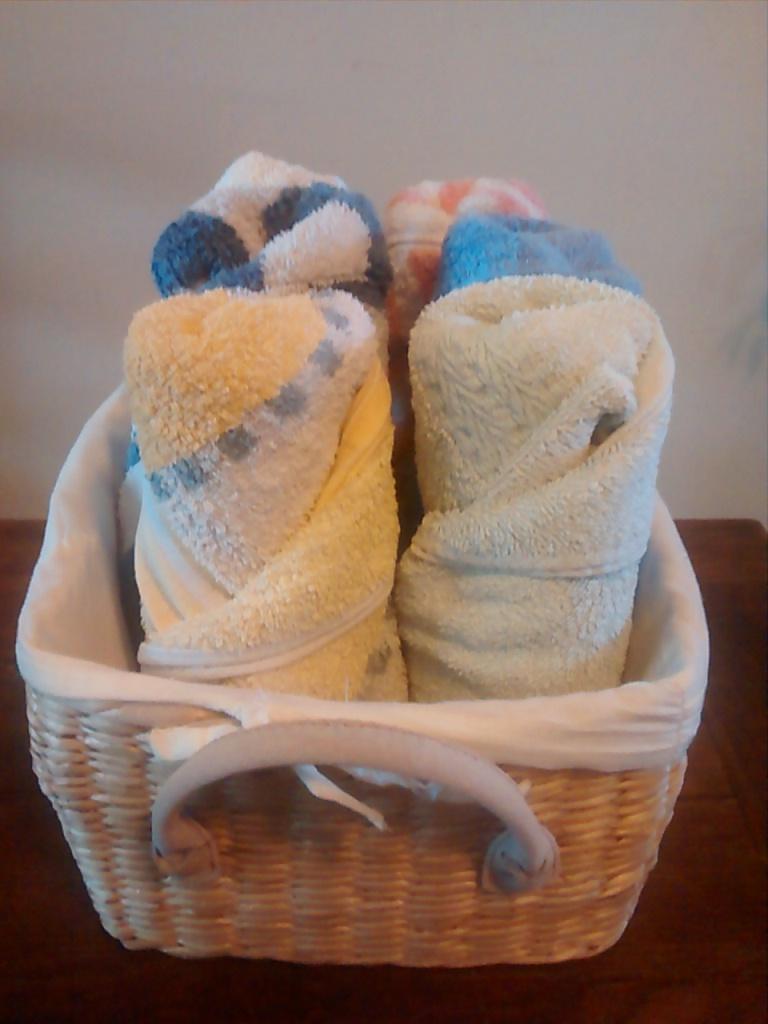 rouler une serviette de bain