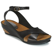 sandales kikers