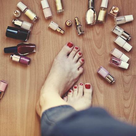 soins des ongles des pieds 66