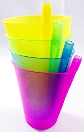 tasse avec paille intégrée