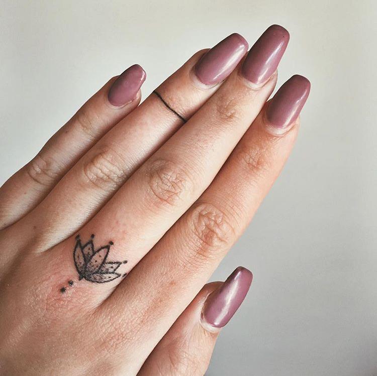 tatouage en bague